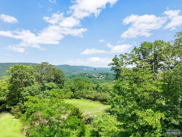 Land / Lots for Sale at Tudor Rose Terrace Mahwah, New Jersey 07430 United States