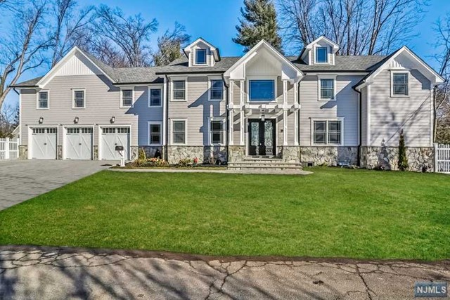 Single Family Home for Sale at 69 Harrison Street 69 Harrison Street Haworth, New Jersey 07641 United States