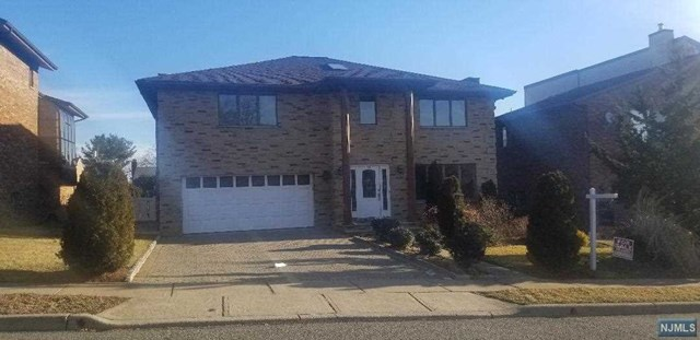 Single Family Home for Sale at 14 Jani Court 14 Jani Court Clifton, New Jersey 07013 United States
