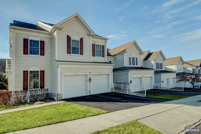 Condominium for Sale at 1 Congressional Lane 1 Congressional Lane Totowa, New Jersey 07512 United States