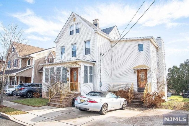 Single Family Home for Sale at 64 Madison Street 64 Madison Street Wood Ridge, New Jersey 07075 United States