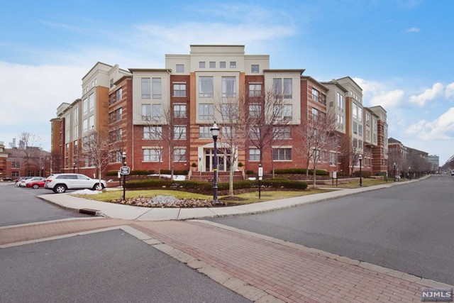 Rental Communities for Rent at 24 Ave At Port Imperial , Unit 431 West New York, New Jersey 07093 United States