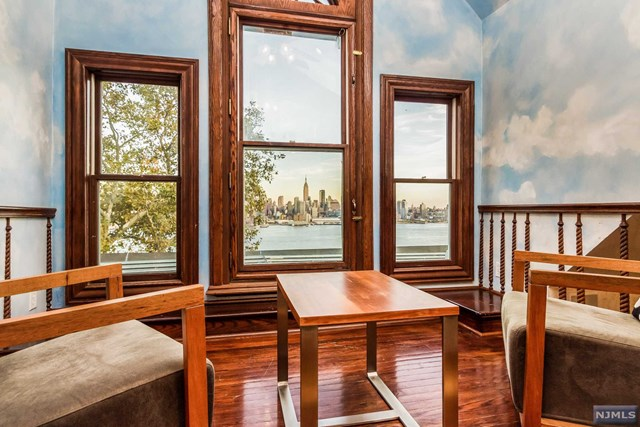 Additional photo for property listing at 1 Hamilton Avenue Weehawken, New Jersey 07086 United States