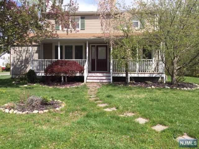 Villas / Townhouses for Sale at 283 Ryerson Road 283 Ryerson Road Lincoln Park, New Jersey 07035 United States