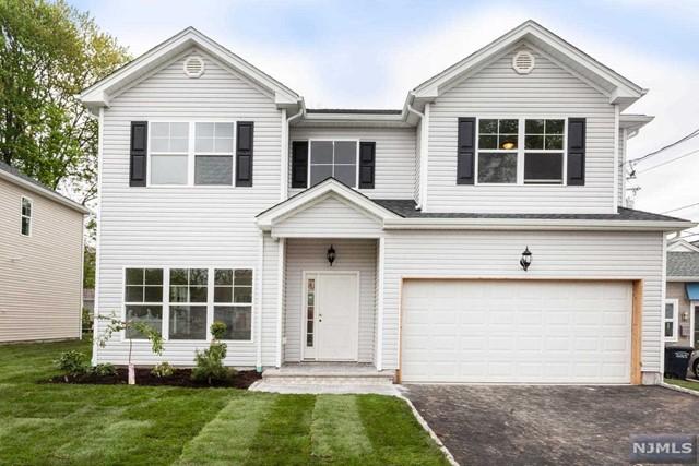 Single Family Home for Sale at 202 Washington Street 202 Washington Street Northvale, New Jersey 07647 United States