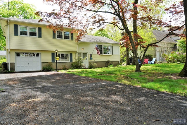 Single Family Home for Sale at 54 Center Street Ramsey, New Jersey 07446 United States