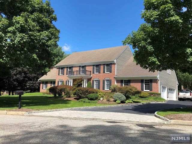 Single Family Home for Sale at 4 Collette Drive 4 Collette Drive Ramsey, New Jersey 07446 United States
