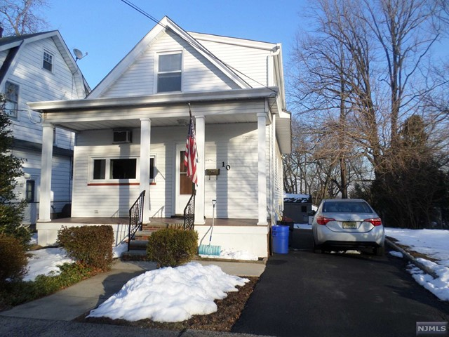 Single Family Home for Sale at 10 Hastings Avenue Nutley, New Jersey 07110 United States