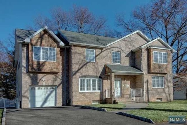 Single Family Home for Sale at 335 Trensch Drive 335 Trensch Drive New Milford, New Jersey 07646 United States