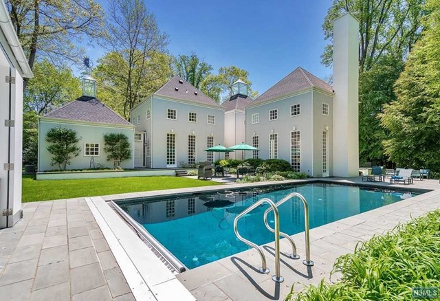 Single Family Home for Sale at 15 Academy Lane 15 Academy Lane Demarest, New Jersey 07627 United States