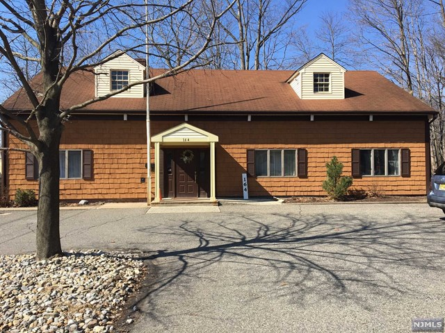 Commercial / Office for Sale at 164 Franklin Turnpike Waldwick, New Jersey 07463 United States
