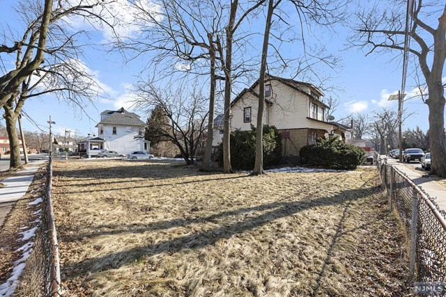 Land / Lots for Sale at 115 Albion Street 115 Albion Street Passaic, New Jersey 07055 United States