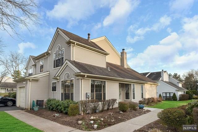 Condominium for Sale at 175 Delhagen Court 175 Delhagen Court Mahwah, New Jersey 07430 United States