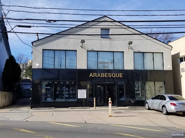 Commercial for Sale at 560 Main Street Fort Lee, New Jersey 07024 United States