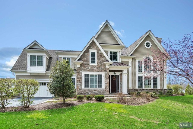 Condo / Townhouse for Sale at The Enclave At Montvale, 45 Boxwood Lane 45 Boxwood Lane Montvale, New Jersey 07645 United States