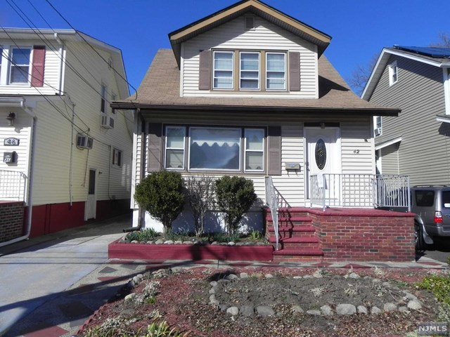 Single Family Home for Sale at 42 Woodland Avenue 42 Woodland Avenue Little Ferry, New Jersey 07643 United States
