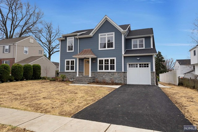 Single Family Home for Sale at 269 Kensington Road 269 Kensington Road River Edge, New Jersey 07661 United States