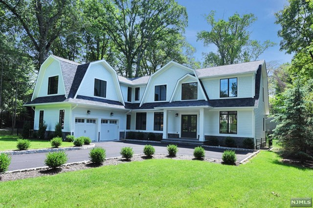 Single Family Home for Sale at 50 Forest Road 50 Forest Road Tenafly, New Jersey 07670 United States