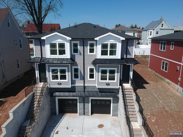 Single Family Home for Sale at 29 Prospect Terrace 29 Prospect Terrace East Rutherford, New Jersey 07073 United States