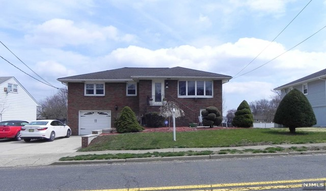 Single Family Home for Sale at 175 Redneck Avenue 175 Redneck Avenue Little Ferry, New Jersey 07643 United States