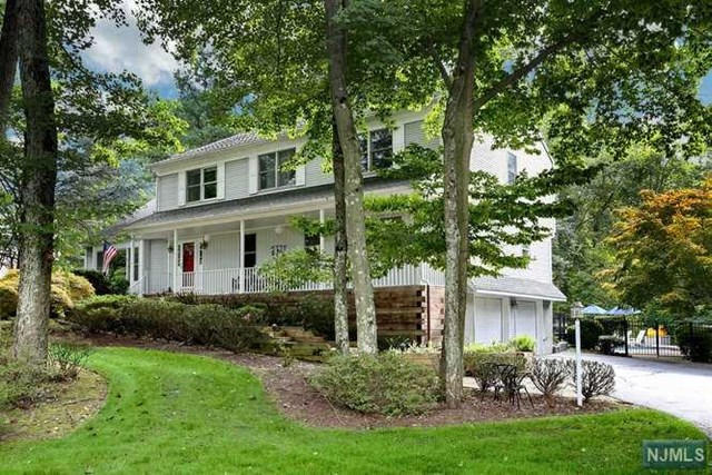Single Family Home for Sale at 12 Carriage Lane Ramsey, New Jersey 07446 United States