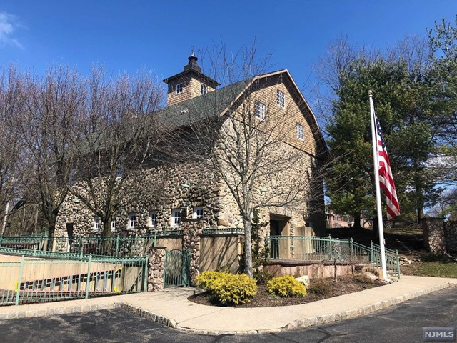 Condominium for Sale at 1330 Oxford Street 1330 Oxford Street Mahwah, New Jersey 07430 United States
