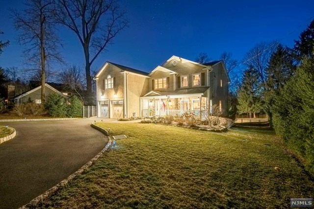 Single Family Home for Sale at 42 Spring Valley Road 42 Spring Valley Road Montvale, New Jersey 07645 United States
