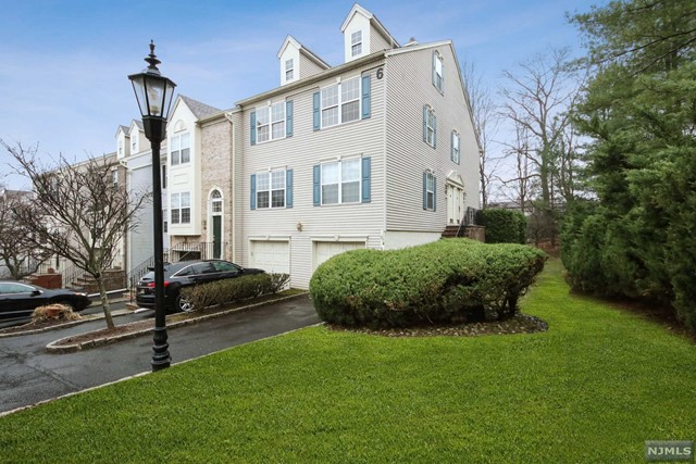 Condominium for Sale at 875 Alexandria Court 875 Alexandria Court Ramsey, New Jersey 07446 United States