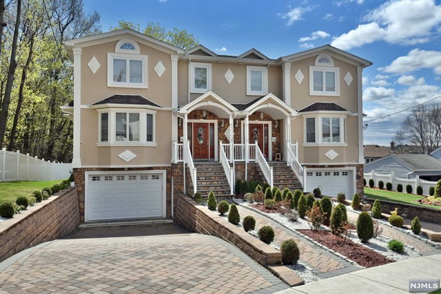 Single Family Home for Sale at 94A Park Row 94A Park Row Wallington, New Jersey 07057 United States