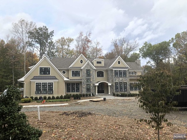 Single Family Home for Sale at 1 Elden Drive 1 Elden Drive Saddle River, New Jersey 07458 United States