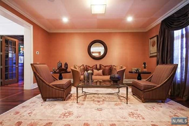 Additional photo for property listing at 174 Vaccaro Drive Cresskill, New Jersey 07626 United States