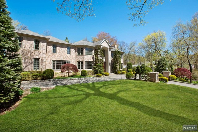 Single Family Home for Sale at 30 Booth Avenue 30 Booth Avenue Englewood Cliffs, New Jersey 07632 United States