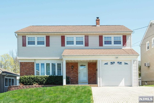Single Family Home for Sale at 265 Floral Lane 265 Floral Lane Wood Ridge, New Jersey 07075 United States