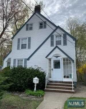 Single Family Home for Sale at 725 Maywood Avenue 725 Maywood Avenue Maywood, New Jersey 07607 United States