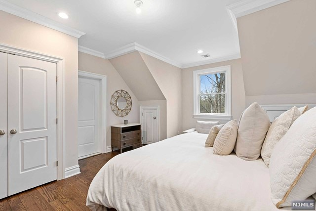 Additional photo for property listing at 77 Ryerson Avenue Oakland, New Jersey 07436 United States