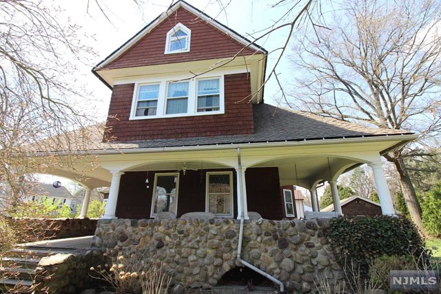 Single Family Home for Sale at 341 Maywood Avenue 341 Maywood Avenue Maywood, New Jersey 07607 United States