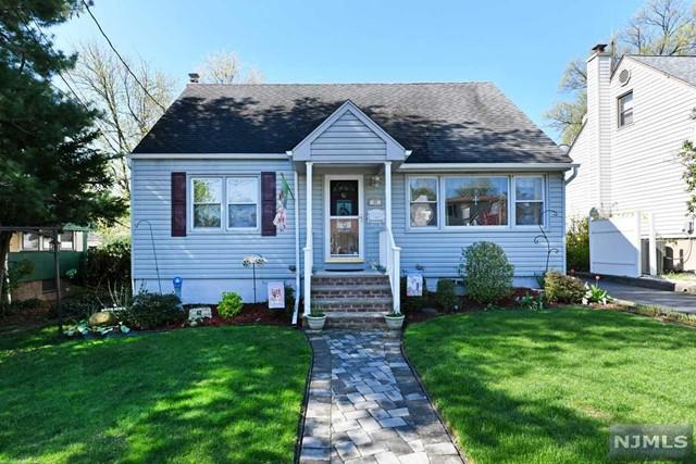 Single Family Home for Sale at 42 Washington Avenue 42 Washington Avenue Maywood, New Jersey 07607 United States
