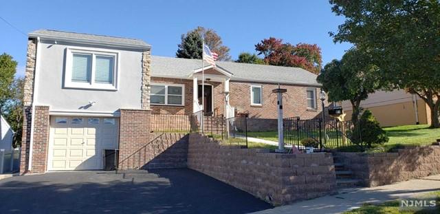 Single Family Home for Sale at 100 Locust Avenue 100 Locust Avenue North Arlington, New Jersey 07031 United States