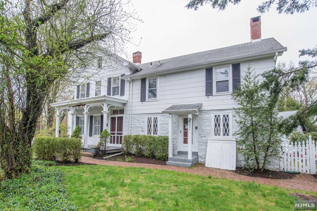 250 Crescent Avenue, Wyckoff, New Jersey