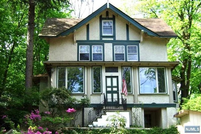 Single Family Home for Sale at 24 Summit Avenue Pompton Lakes, New Jersey 07442 United States