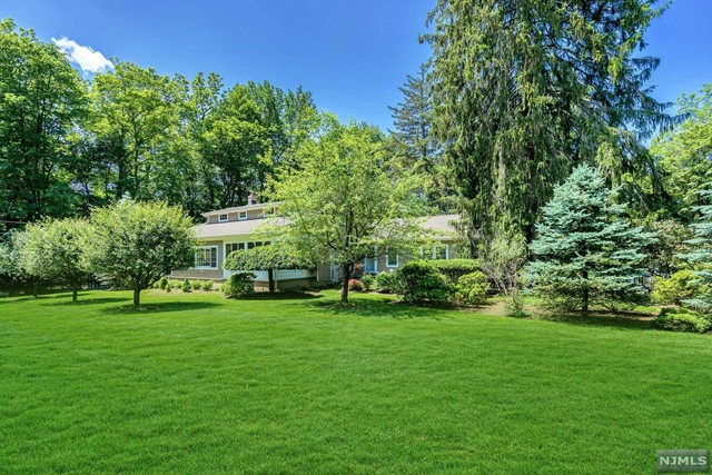 Single Family Home for Sale at 249 East Saddle River Road Saddle River, New Jersey 07458 United States