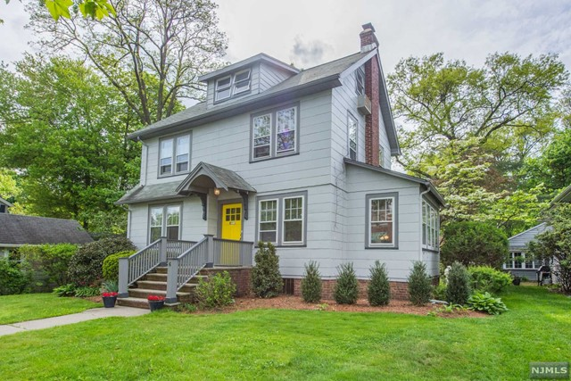 Single Family Home for Sale at 6 College Avenue Montclair, New Jersey 07043 United States