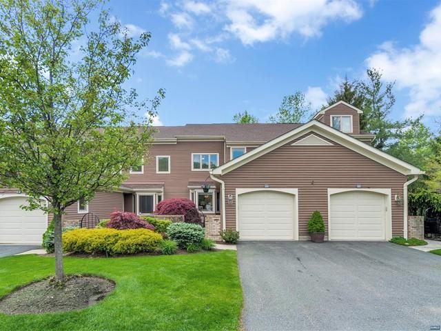 Condominium for Sale at 266 Westervelt Lane Mahwah, New Jersey 07430 United States
