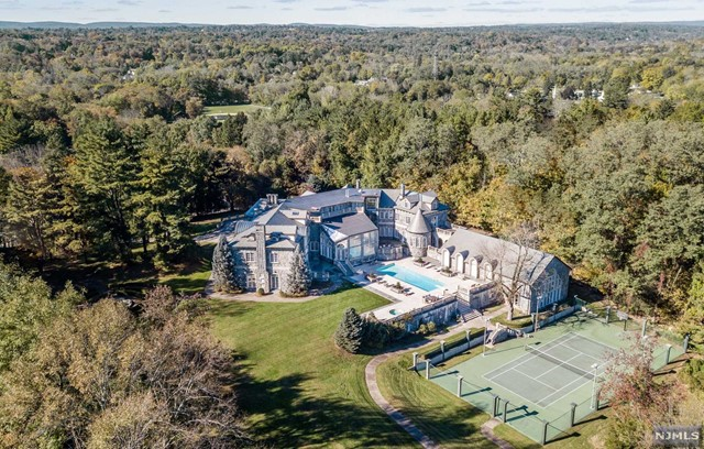 Single Family Home for Sale at 144 East Saddle River Road Saddle River, New Jersey 07458 United States
