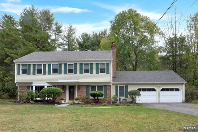 Photo of 193 Forest Road, Allendale, NJ 07401