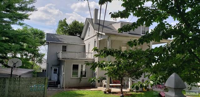Photo of 583 Hillside Street, Ridgefield, NJ 07657