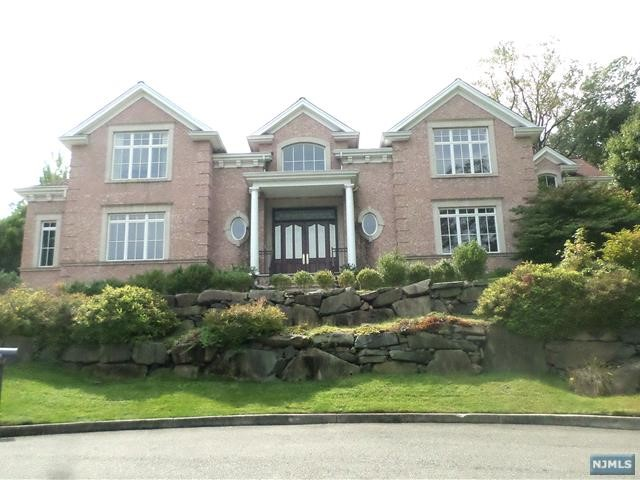 Photo of 51 Mcdermott Way, Englewood Cliffs, NJ 07632