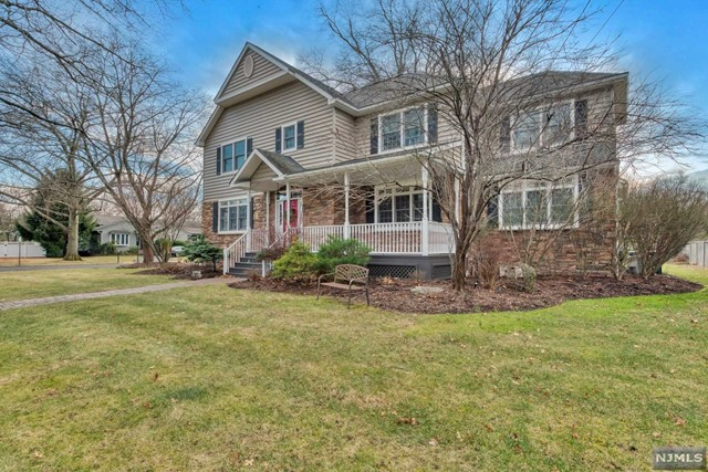 Photo of 64 Leonard Drive, Old Tappan, NJ 07675