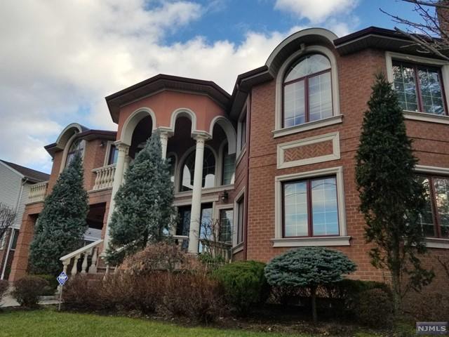 Photo of 1366 Oleri Terrace, Fort Lee, NJ 07024