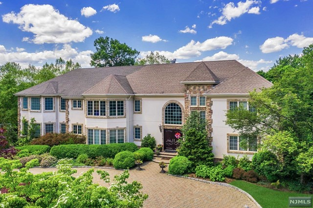 Photo of 554 Hampton Hill Road, Franklin Lakes, NJ 07417